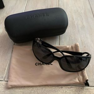 Chanel Sunglasses 6014 - Black with Silver Cs